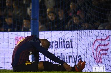 Boateng sentado sobre el terreno de juego. FOTO: Noelia Déniz