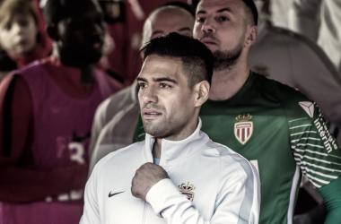 Radamel Falcao preparado para salir del túnel de vestuarios | Fuente: AS Mónaco