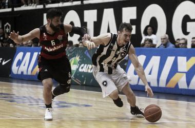 No primeiro jogo da semifinal, Flamengo bate Botafogo em clássico pela NBB