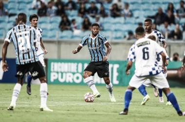Grêmio passa fácil pelo São José em noite de estreia de Tardelli