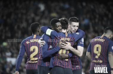 Messi, Dembélé y Lenglet celebrando un gol en Champions   Foto: Noelia Déniz (VAVEL)