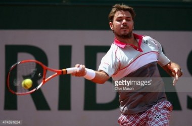 French Open: Wawrinka Powers Past Federer to Reach Semis