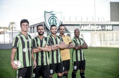 Equipe adulta masculina disputará o Campeonato Metropolitano (Foto: Mourão Panda / América)