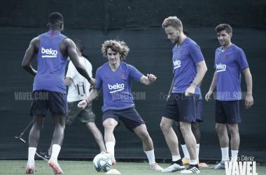 Entreno del Barça con la mente puesta en el regreso de La Liga