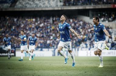 Na estreia de Rogério Ceni, Cruzeiro vence Santos e encerra jejum de 11 jogos no Brasileiro