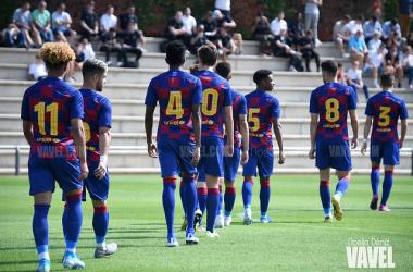 Los futbolistas del juvenil azulgrana, preparados para comenzar su andadura en Europa. FOTO: Noelia Déniz