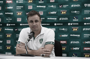 """Conceição lamenta perda da chance de pôr América-MG no G-4: """"Levantar a cabeça"""""""