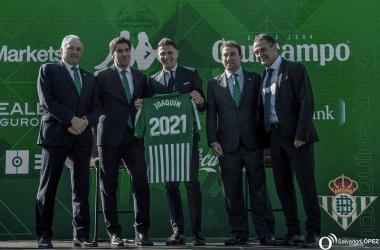 Joaquín pasa a ser el jugador en activo más veterano de LaLiga