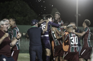 Todos os times do Grupo B pontuam na estreia do Carioca