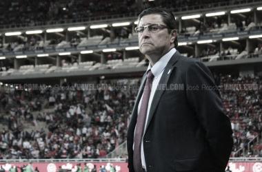 Chivas sacked Luis Fernando Tena