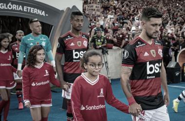 Diante do Junior Barranquilla, Flamengo encerra fase de grupos de olho na liderança