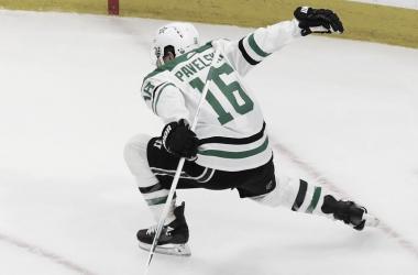 Pavelski hace historia para el hockey estadounidense