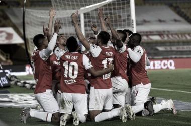 Sufriendo, Independiente Santa Fe se instaló en la final de la Liga BetPlay