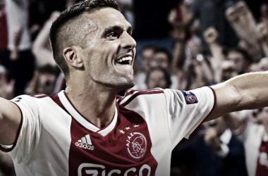 Tadic jugó un gran partido / Foto: UEFA