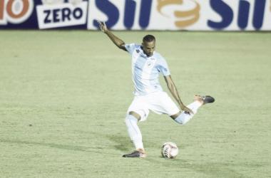 """""""Precisamos nos impor"""", destaca zagueiro Jeferson após primeira vitória do Londrina na série C"""