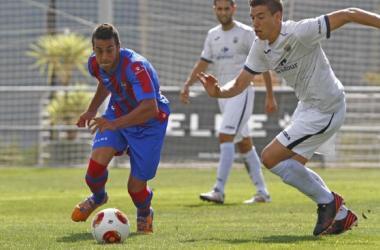 """Levante UD """"B"""" 1-1 AE Prat: la salvación llegó en el descuento"""