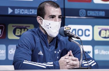 Apresentado no Cruzeiro, lateral Cáceres afirma realizar sonho de atuar em time 'muito grande'