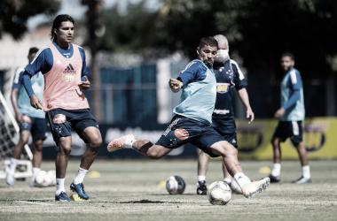 Em duelo decisivo, Cruzeiro pega Caldense de olho na semifinal do Mineiro