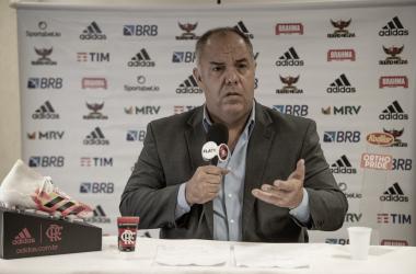 """''Quando o Flamengo decolar para Curitiba, Rafinha está desligado"""", declara Marcos Braz"""