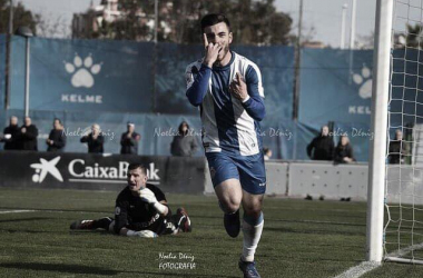 Victor Campuzano celebrando su gol, Foto: Noelia Deniz, VAVEL