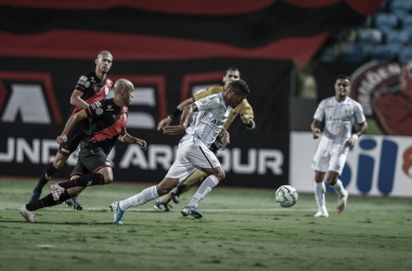 Atlético-GO domina Grêmio, mas deixa dois pontos escaparem