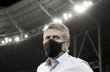 """Autuori elogia Matheus Babi e vê vitória justa no clássico: """"Botafogo tem jogado para ganhar"""""""