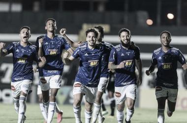 Na estreia de Felipão, Cruzeiro vence Operário e quebra jejum de vitórias na Série B