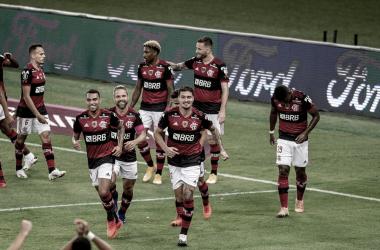 Flamengo domina do início ao fim, vence Junior Barranquilla e garante liderança do Grupo A