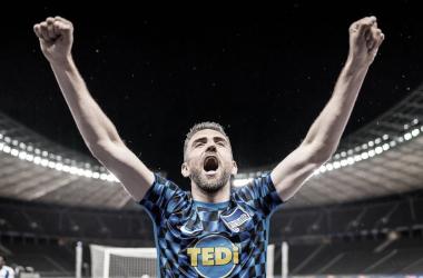 """Ibisevic exalta postura do Hertha Berlin com retorno da Bundesliga: """"Coisas estão melhorando"""""""