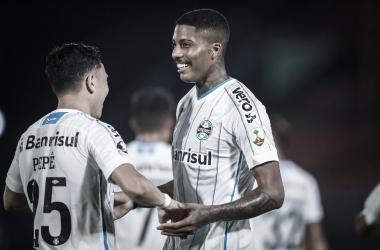 A base salva: Jean Pyerre e Pepê marcam na vitória do Grêmio sobre o Guaraní na Libertadores