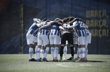 Los jugadores del Espanyol antes de jugar frente al Barça. | Foto: Noelia Déniz