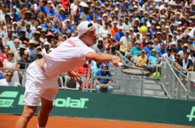 Frank Dancevic in action against Jo-Wilfried Tsonga during the first round of the Davis Cup World Group (Photo:Canada Sports Yahoo)