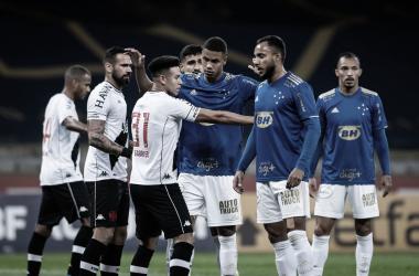 Com retorno da torcida, Vasco e Cruzeiro se enfrentam em São Januário