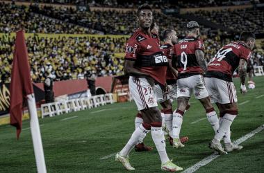 Bruno Henrique marca dois contra o Barcelona e entra em seleta lista da Libertadores