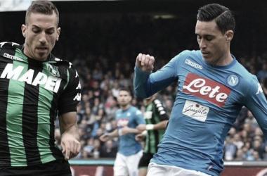 Napoli vence Sassuolo em casa e mantém vice-liderança na Serie A