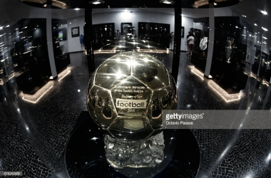 A primeira Bola de Ouro de Cristiano Ronaldo (referente a 2008), no Museu CR7, no Funchal.