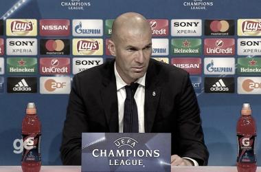 """Zidane ressalta postura do Real Madrid após vitória fora de casa: """"Soubemos sofrer sem a bola"""""""