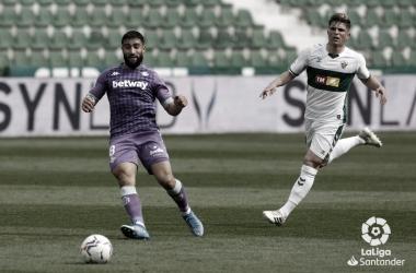Fekir cediendo un pase atrás | Foto: La Liga
