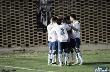 El Deportivo Aragón celebra el primer gol de Xiscu (Foto: Claudia Moreno | Aúpa Zaragoza).