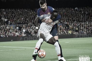 Sané puso en apuros a Gerard Piqué | Fuente: Noelia Déniz (VAVEL)