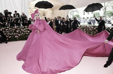 Lady Gaga realizando su performance en la MET Gala 2019 | Facebook Met Gala