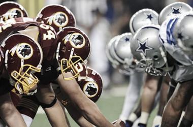 Momentos previos a un snap de un duelo entre Redskins y Cowboys. Foto: NFL