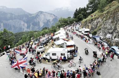 Esta es una de las 25 curvas que decoran la escalada | Fuente: Reuters
