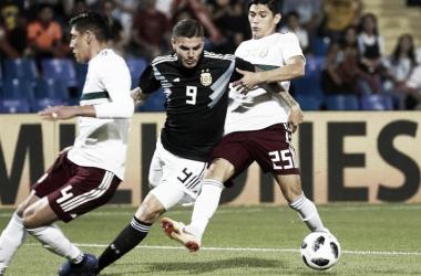 El delantero de Inter anotó su primer gol en la Mayor (Foto: Olé).