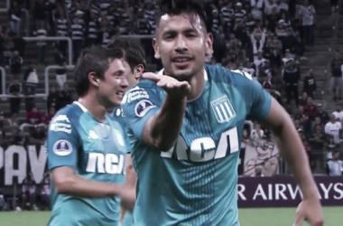 Andres Rios celebra su gol con Racing. Foto: Depor.com