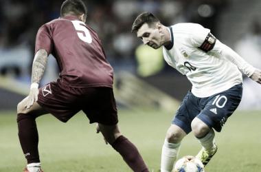 Messi no puedo lucirse en su último cotejo ante la Vinotinto (Foto: Bolavip).