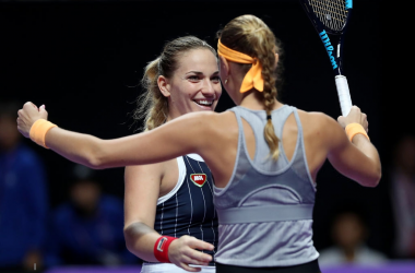 Babos and Mladenovic celebrate their win | Photo: Matthew Stockman