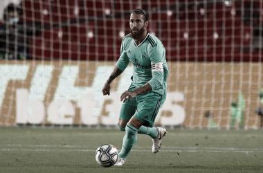 Real Madrid derrota Granada e se aproxima do título de LaLiga