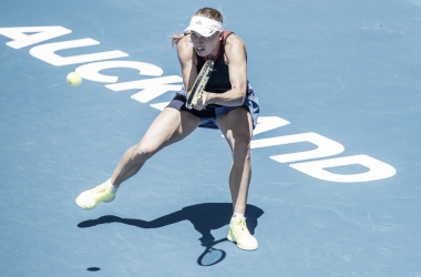 Wozniacki avanza en Auckland