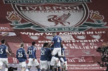 El Everton celebra su victoria en Anfield. Vía: Premier League